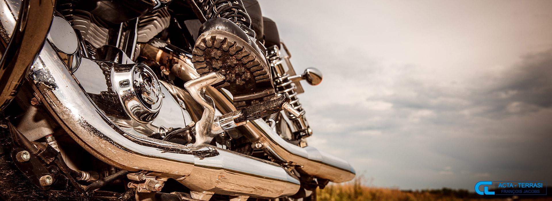 assurance moto la protection du motard au meilleur tarif. Black Bedroom Furniture Sets. Home Design Ideas